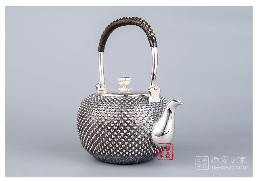 银荣堂,纯银霰型银壶