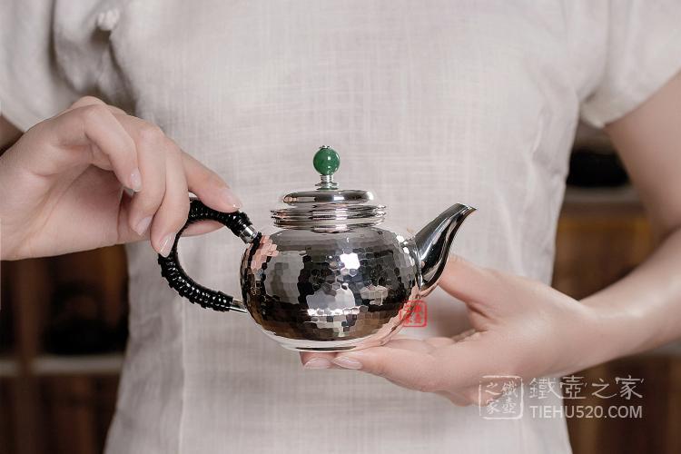 玉摘鎚目纹泡茶壶