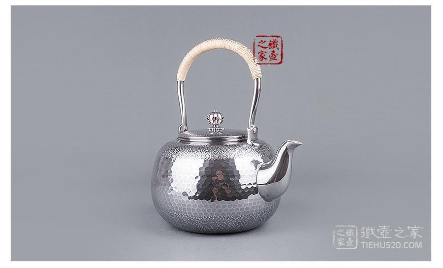 合川银器 纯银 熏色锤点纹银壶展示图