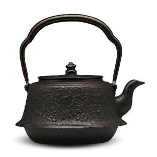 佐藤勝芳  富士形樱砂铸铁壶